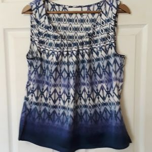 Chico's Sz 8 Blue and white ombre tank